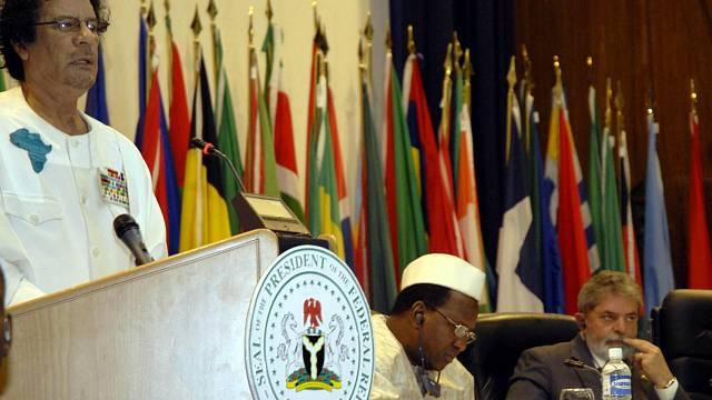 Libyjský vládce Muammar Kaddáfí byl jedním z nejdéle vládnoucích vůdců světa