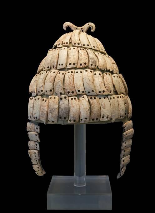Přilba z období mykénské civilizace