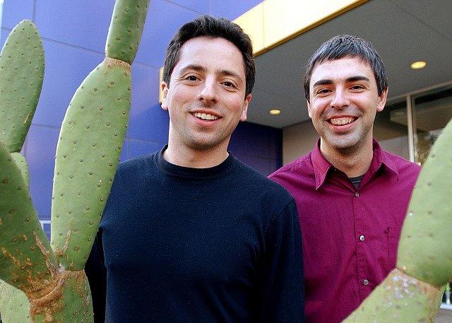 Larry Page a Sergey Brin v roce 2004