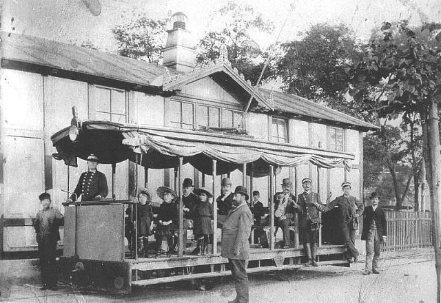 Křižíkova tramvaj na pražské Letné vroce 1891