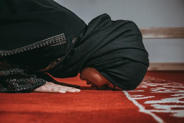 Pro modlení mají ženy vmešitě vyhrazen speciální prostor