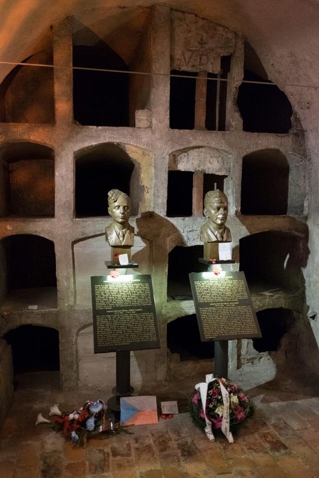 Kostel sv. Cyrila a Metoděje posloužil Janu Kubišovi a Josefu Gabčíkovi jako úkryt po atentátu na Heydricha. Sedm hodin zde bojovali, než položili své životy
