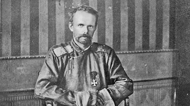 Baron Roman Fjodorovič Ungern von Sternberg byl krutý i ke svým vlastním lidem.