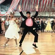 Slavná dvojice z muzikálu Pomáda John Travolta a Olivia Newton-Johnová