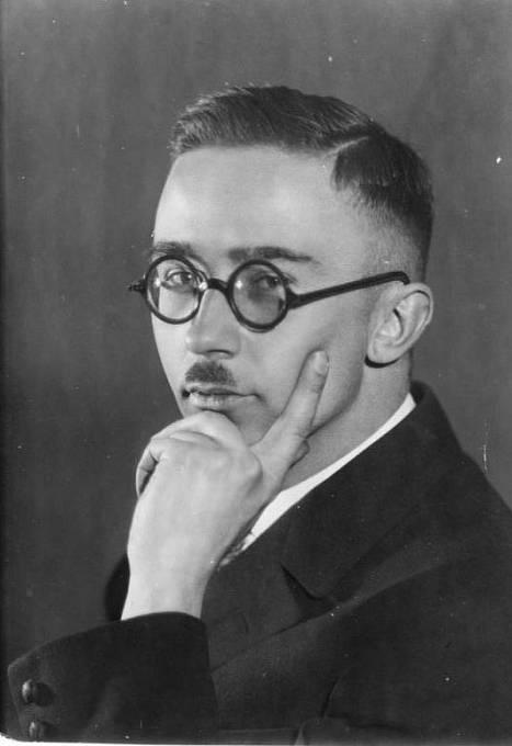 Heinrich Himmler na fotografii z roku 1929