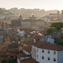 Výhled z mostu Ponte Luis I