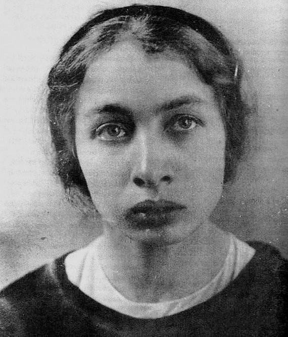 Fanny Kaplanová se pokusila spáchat na Lenina atentát.