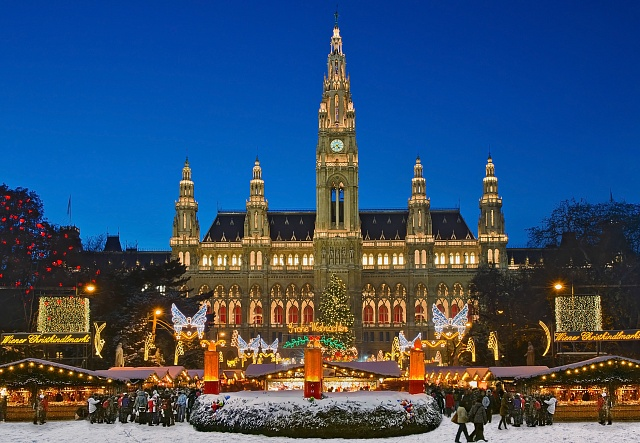 Častým cílem návštěvníků z České republiky je adventní Vídeň.