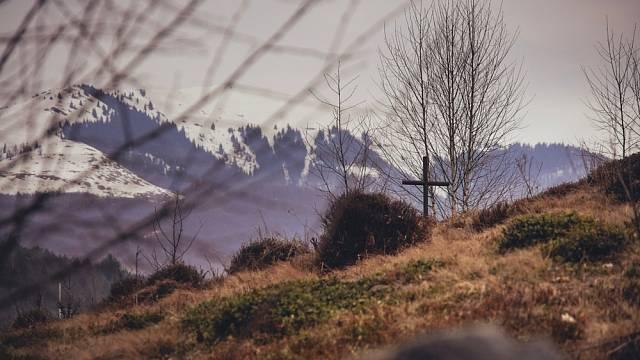 Domnělý hrob Nikoly Šuhaje v Koločavě