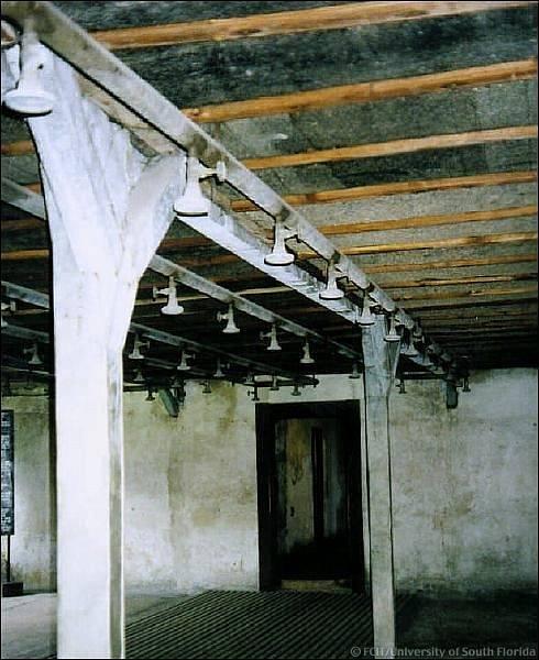 Plynová komora v táboře Majdanek