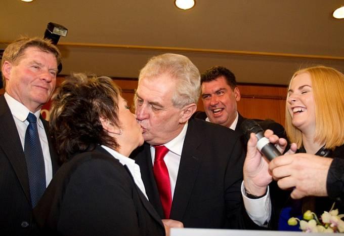 Jiřina Bohdalová a Miloš Zeman (2013–?)