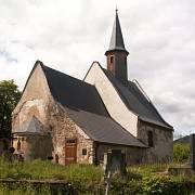 Kostel sv. Vavřince v obci Želina u Kadaně (po částečné rekonstrukci)