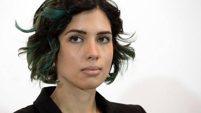 Pussy Riot Naděžda strávila ve věznici IK-14 dva roky. V září 2013 zveřejnila dopis, v němž si stěžovala na nelidské podmínky, otrockou práci a zneužívání. Později dokonce vedla kampaň za lidská práva vězňů.