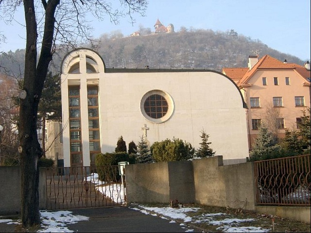 Novostavbu kostela svatého Václava vMostě komunisté dovolili jen pod podmínkou maximální nenápadnosti