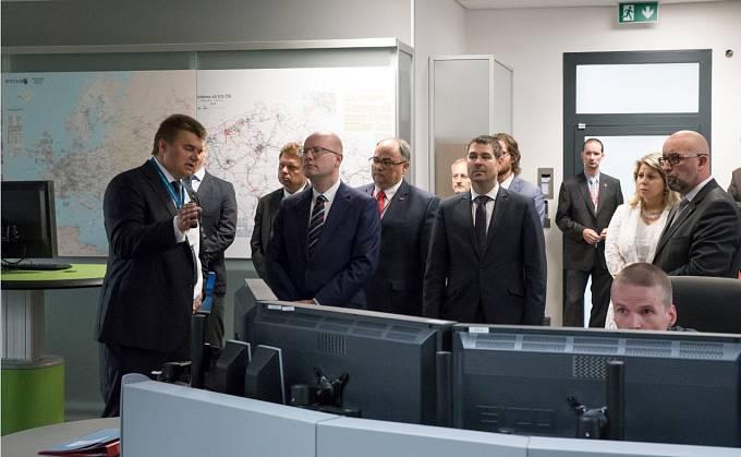 Návštěva premiéra v sídle ČEPS
