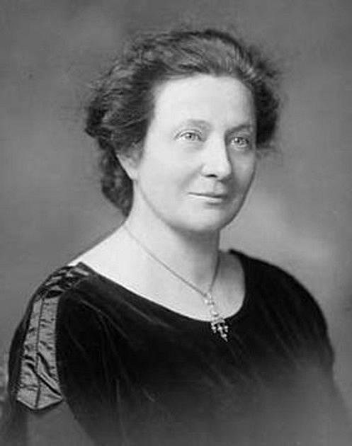 Františka Plamínková se zasloužila o zrušení celibátu učitelek v Československu už v roce 1918.