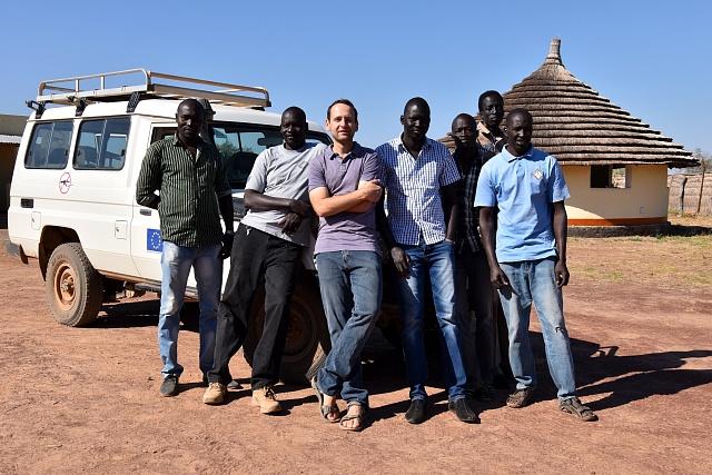 Jakub Smutný zČlověka vtísni řídí vJižním Súdánu projekt Evropské unie.
