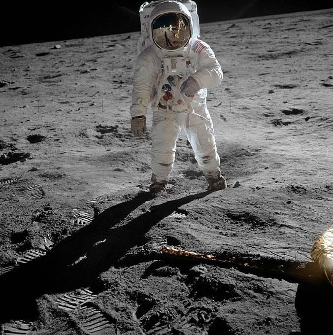 Archivní záběry Měsíce