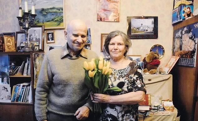 Elvíra Ptáková Filipovičová s manželem na Ukrajině