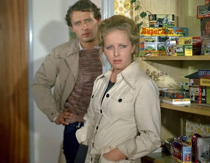 Marcel Vašinka a Julie Jurištová ve snímku Stopař