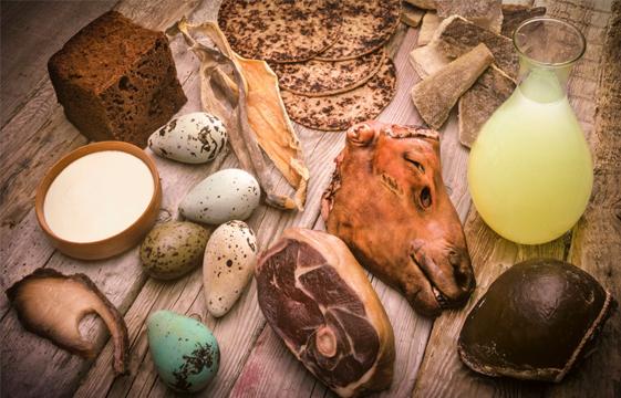 Středověk nebyl o hladomoru, na šťavnaté maso dosáhla i nižší vrstva