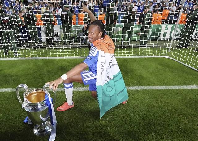 Didier Drogba odešel z Chelsea do Číny, rychle se však vrátil