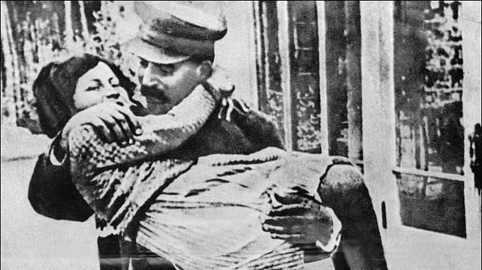 Josif Stalin a dcera Světlana