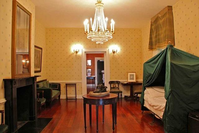 Napoleonovo úmrtní lože vLongwood House na Svaté Heleně
