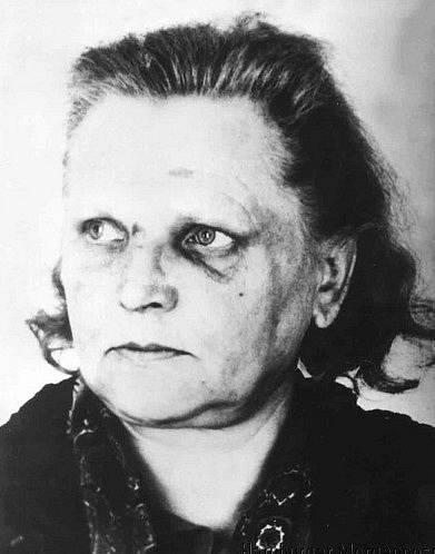 Čtvrtá oběť Ruth Schult (52)