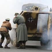 Německé přepady českých četnických stanic si rekonstrukcemi často připomínají příznivci oživené historie