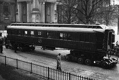 Legendární vagon, v němž byla v roce 1918 podepsána kapitulace Německa a v roce 1940 kapitulace Francie. Hitler jej později nechal vyhodit do povětří