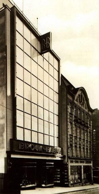 Obchodní dům Brouk & Babka v Liberci z roku 1936