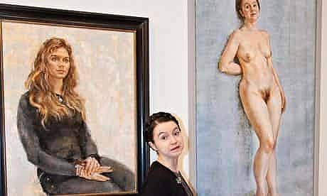 Poprvé Victoria Batemanová pózovala nahá v roce 2014, kdy se stala modelem pro svůj vlastní akt
