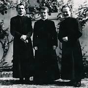 Litoměřice 1979, před kněžským svěcením. František Lízna se spolužáky
