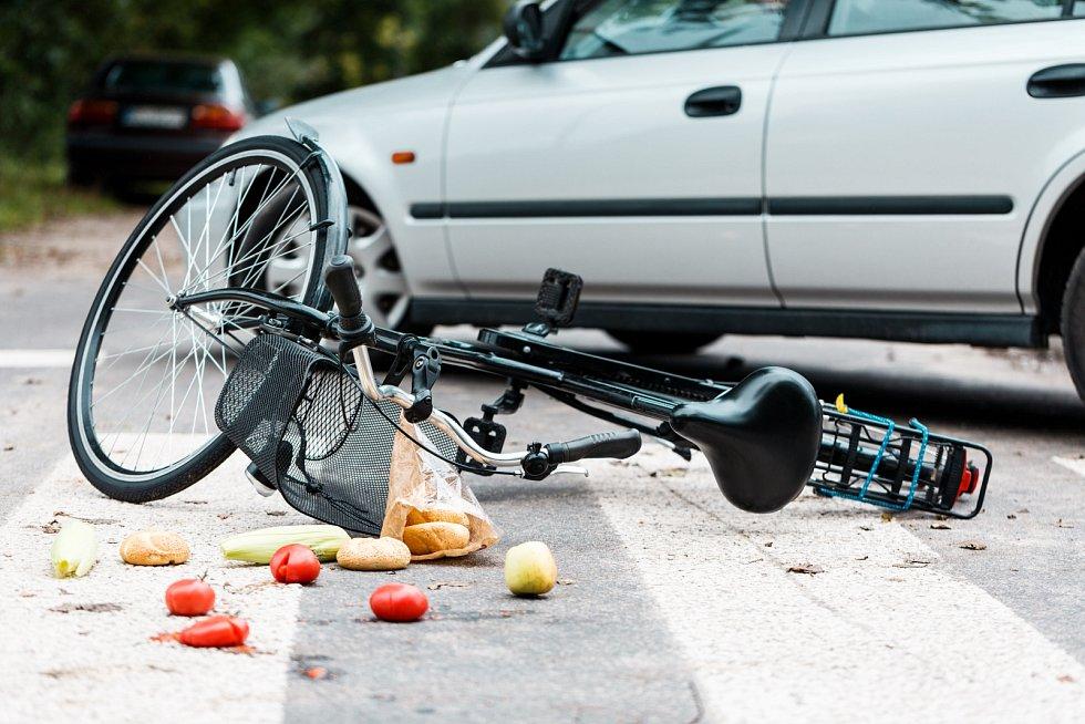Nehoda cyklisty. Ilustrační foto.