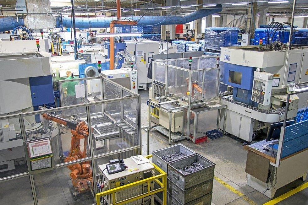 Výrobní stroje: Závody lehkých konstrukcí Loštice