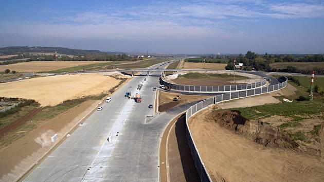 Stavba dálnice u Přerova. Ilustrační foto.