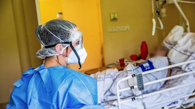 Pacient s covidem. Ilustrační foto