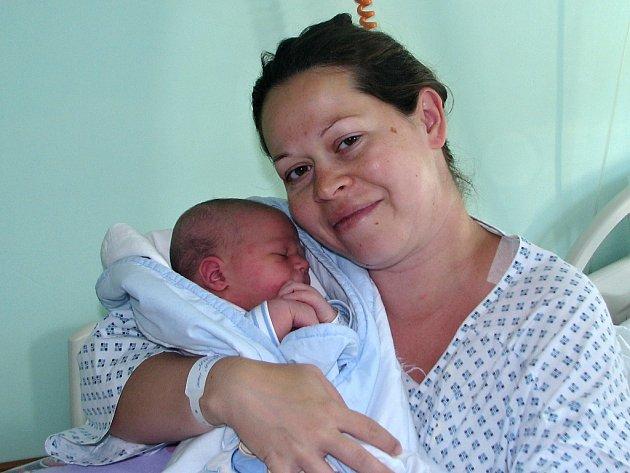 Petr Brázda se narodil 26. července 2017 v 18.02 hodin mamince Lucii Brázdové z Podbořan. Vážil 3950 g a měřil 53 cm.