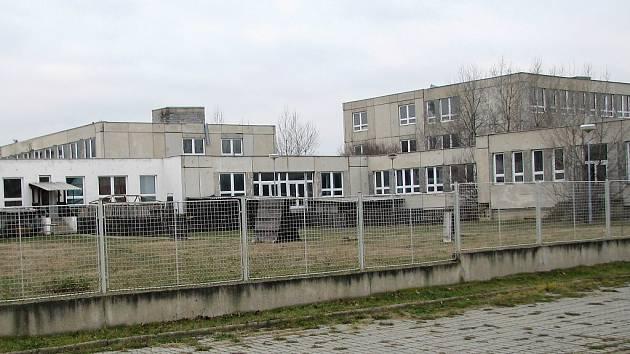 Nedostavěná základní škola na sídlišti Jih 3 v Žatci