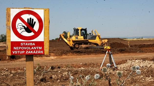 Výstavba továrny Hargo v průmyslové zóně Triangle u Žatce