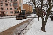 Žatec letos dokončí opravu chodníků na sídlišti Jih.