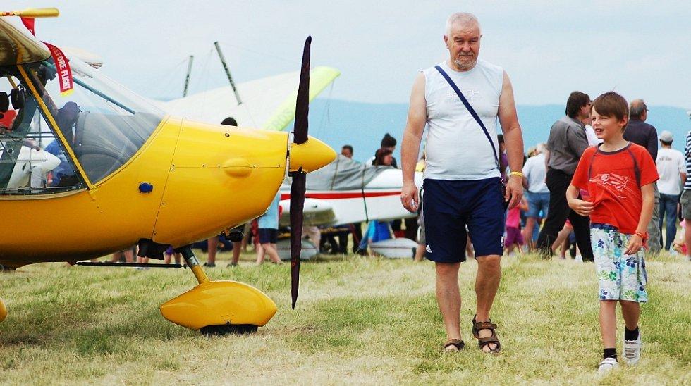 Slet ultralehkých letadel v Žatci
