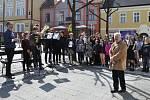 Také v Lounech si poslední den v dubnu připomněli vstup České republiky do Evropské unie.