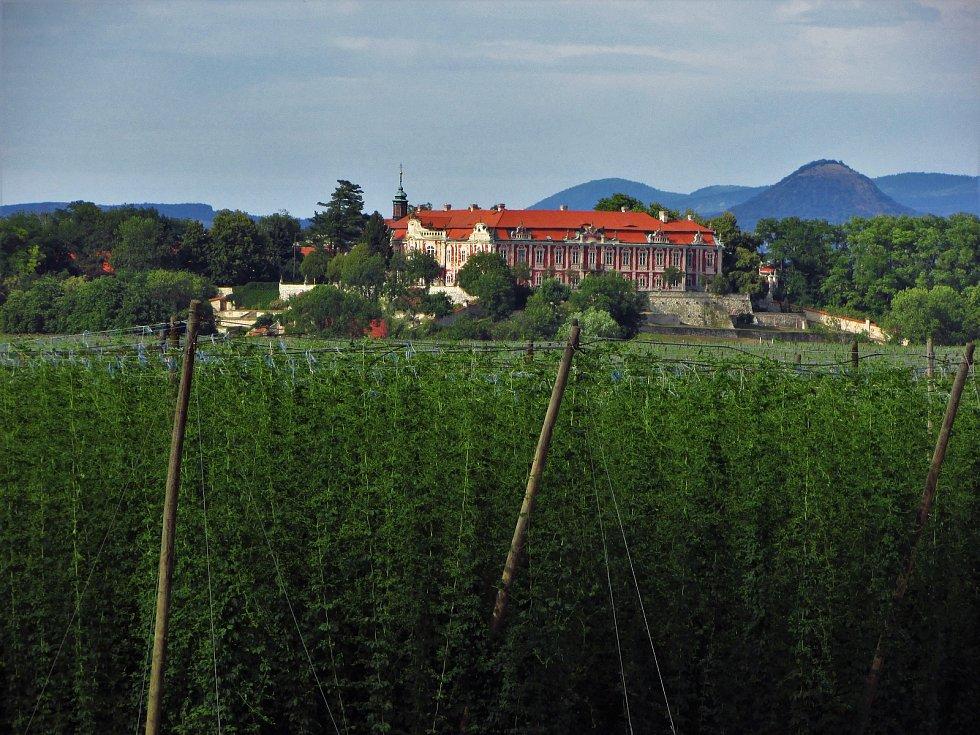 Státní zámek Stekník u Žatce.