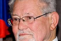 Prof. MUDr. Jiří Heřt, DrSc. na snímku portálu Wikipedia