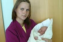 Mamince Pavlíně Benešové ze Žatce se 25. srpna v 1.30 hodin narodila dcera Anna Marie Solarová.  Měřila 47 centimetrů a vážila 3 kilogramy.
