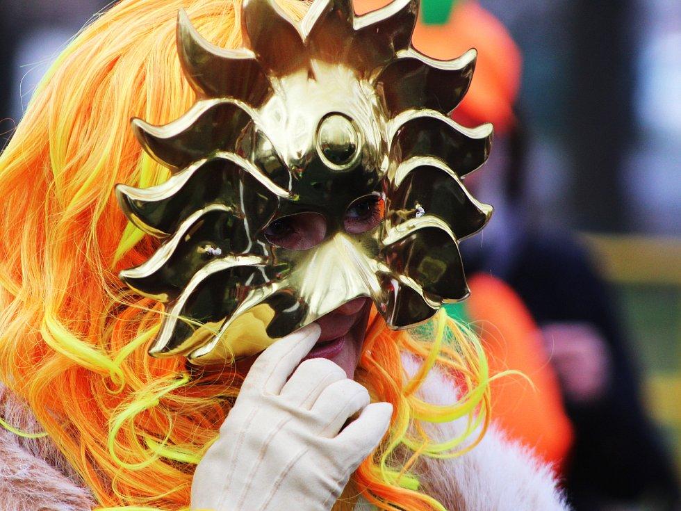 V Zeměchách řádily masopustní masky.