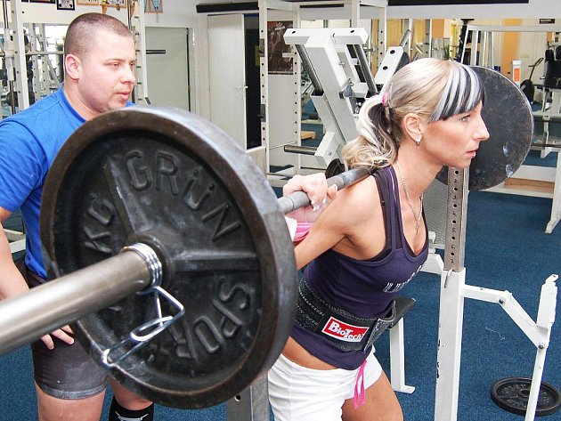 Jaromír Šruc a Hana Nachtigalová trénují na další sezonu silového trojboje.