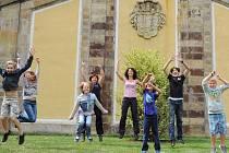 Účastníci výletu s žateckou městskou knihovnou se v Jirkově a okolí dobře bavili.